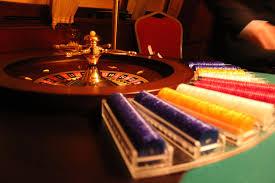 คาสิโนออนไลน์ และแข่งขันใน Freeroll Tournament